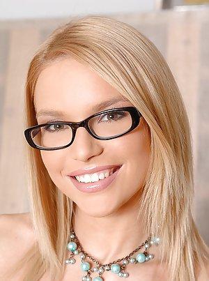 Free Glasses Pics