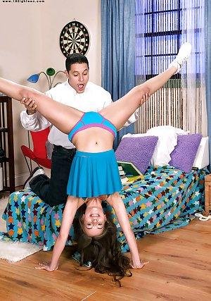 Free Cheerleader Pics